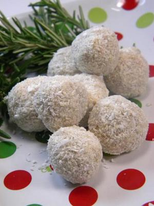 raw vegan coconut lime let it snow balls