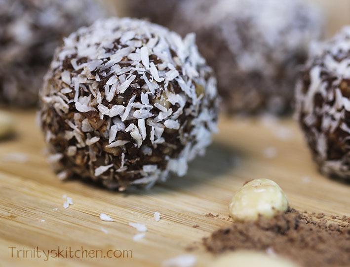 Easy Chocolate Vegan Truffles (Gluten-Free, Sugar-Free) | The Veggie ...