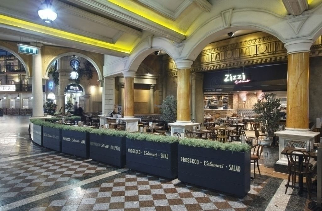 """Photo of Zizzi - Trafford Centre  by <a href=""""/members/profile/Meaks"""" class=""""title__title"""" title=""""Profile of member Meaks"""">Meaks</a> <br/>Zizzi <br/> August 18, 2016  - <a href='/contact/abuse/image/77516/169839'>Report</a>"""