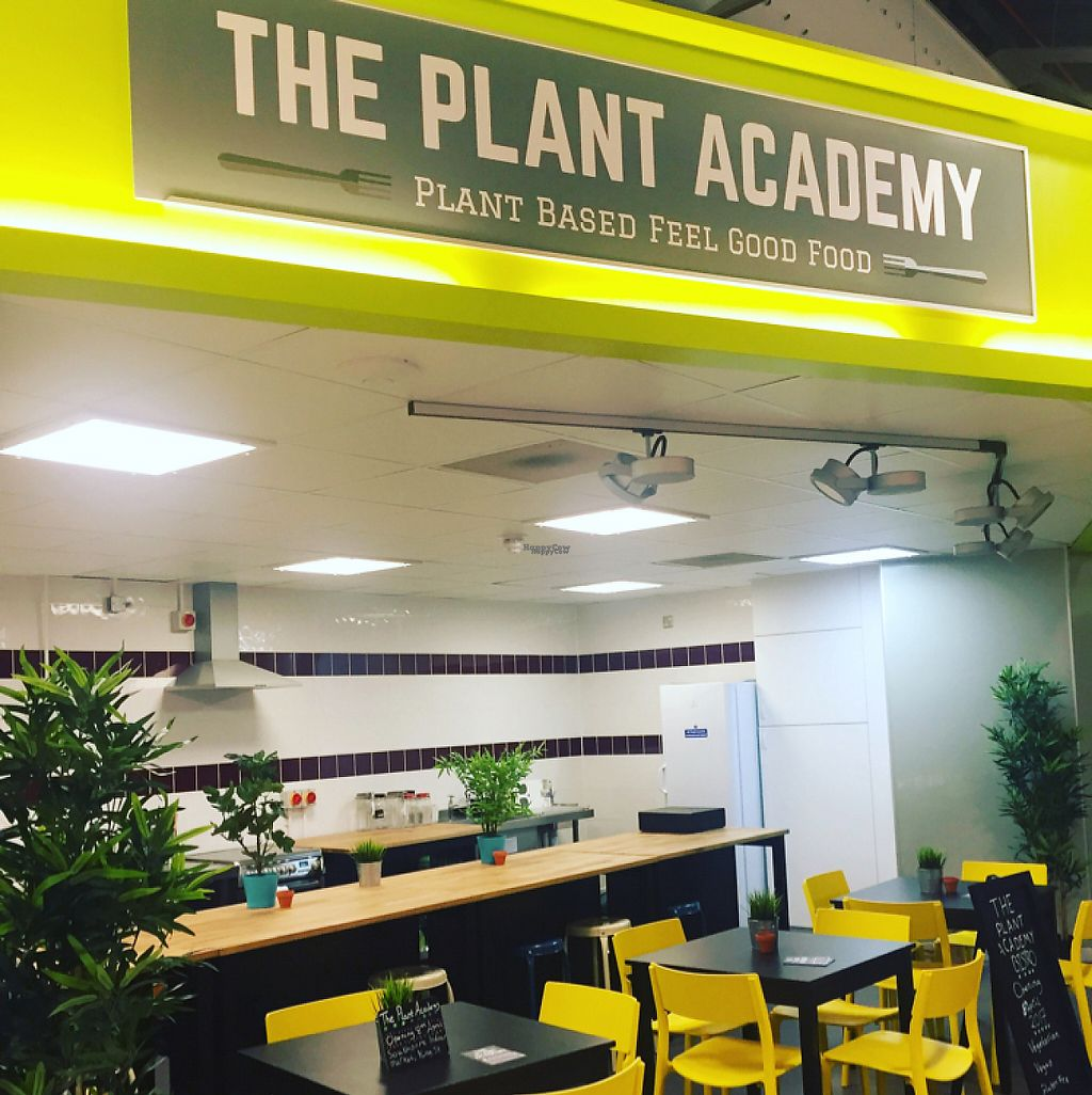 "Photo of The Plant Academy - Pop-Up  by <a href=""/members/profile/VeganEleanor"" class=""title__title"" title=""Profile of member VeganEleanor"">VeganEleanor</a> <br/>The Plant Academy  <br/> April 9, 2017  - <a href='/contact/abuse/image/89073/246362'>Report</a>"